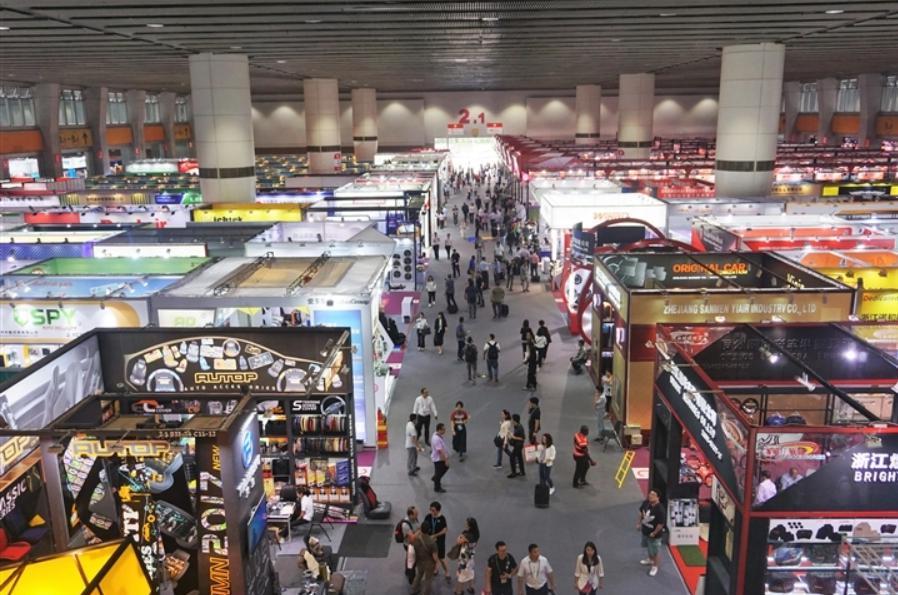 Đánh hàng tại chợ đầu mối Trung Quốc