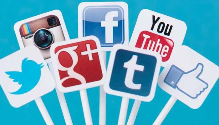 Tích hợp với mạng xã hội